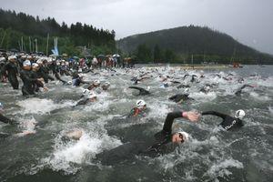 Depart Triathlon XL elite à Gérardmer 2008 © T. De Ketelaere